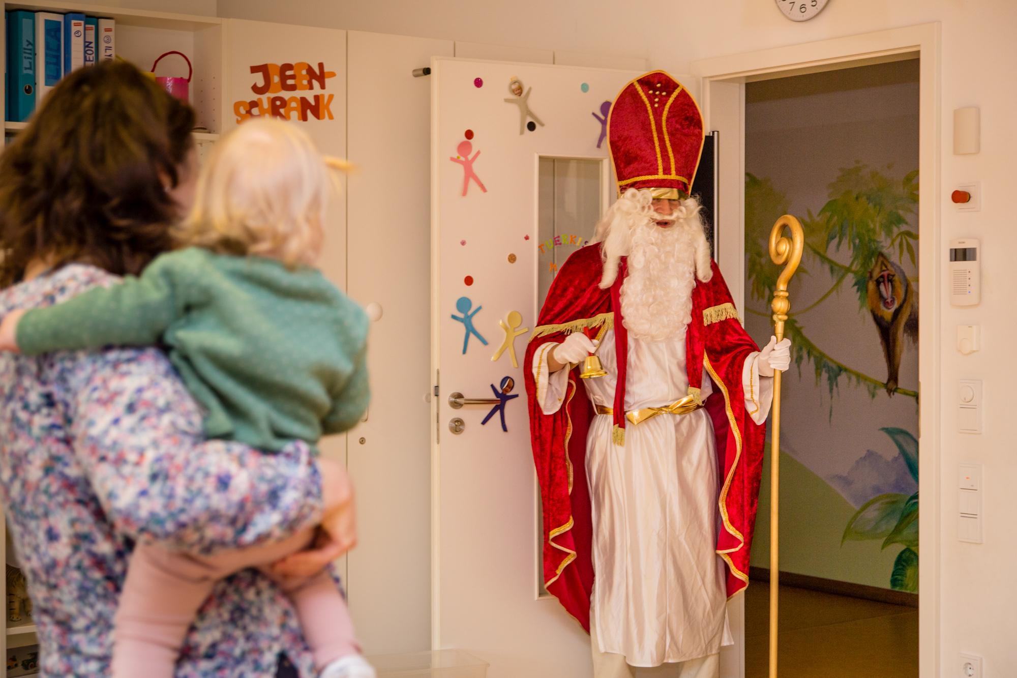 Nikolaus im Minihaus München
